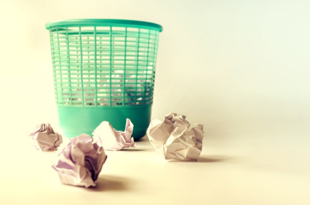 waste_paper_bin_free_photo1-690x457